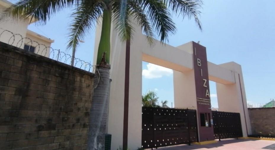 CASA EN FRACC. RESIDENCIAL EN LA ZONA NORTE DE LA CIUDAD DE VERACRUZ