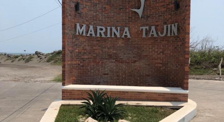 DEPARTAMENTO VISTA AL ESTERO MAR Y ALBERCA TORRE TAJIN